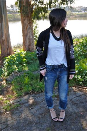 Sweater sweater - Zara heels - Forever 21 necklace