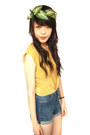 Miss-shop-shorts-vintage-top-kani-accessories