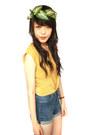Miss-shop-shorts-vintage-top-kani-accessories