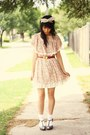 Light-pink-clubcouture-dress-beige-kisforkanietsycom-accessories-heather-gra