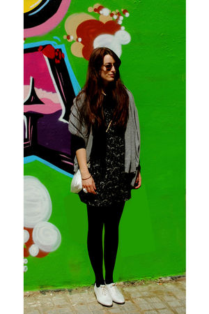 white Topshop shoes - yellow rayban sunglasses - black HyM dress - black tights