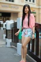 aquamarine satchel bkk bag - light blue floral jean Greenhills shorts