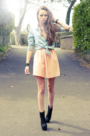 black OASAP boots - nude Sugarlips dress - light blue denim new look shirt