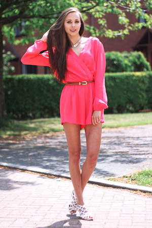 hot pink inlovewithfashion romper