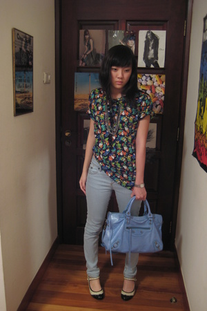 Kokon to Zai shirt - Topshop jeans - balenciaga purse - random store in tokyo sh