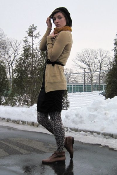 black Express dress - beige J Crew cardigan - black banana republic belt - Betse