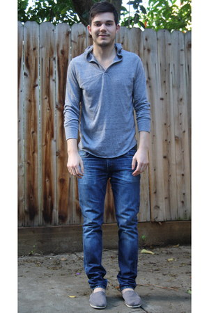 blue Levis jeans - silver Toms shoes - heather gray Urban Outfitters shirt