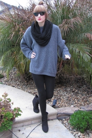 gray thrifted sweater - black Forever 21 leggings - black Forever 21 boots - bla