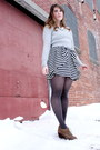 Brown-volatile-boots-heather-gray-rw-co-sweater-charcoal-gray-hue-tights-