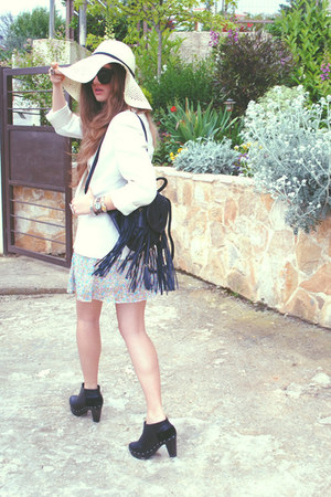 Topshop bag - Mango boots - ARAFEEL dress - H&amp;M hat - vintage blazer