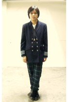 blazer - Uniqlo pants - boots - t-shirt