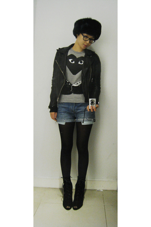 vintage jacket - comme des garcons play t-shirt - Levis shorts - Urban Outfitter