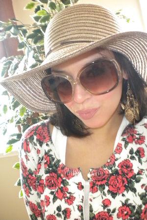cardigan - sunglasses - accessories - hat