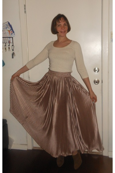 tan American Apparel skirt - brown Circa shoes - nude J Crew top