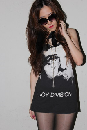 one piece Joy Division top