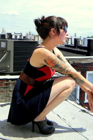 black Charlotte Russe dress - brown clog heels Spring shoes - black sunglasses
