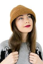 Lala And Sasi Hats