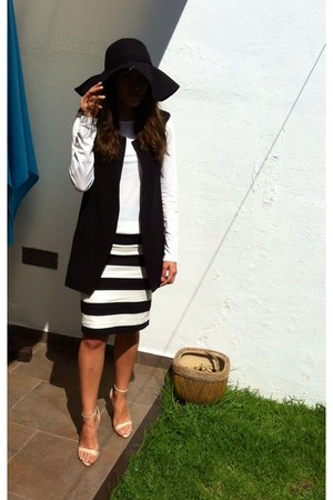 black hat - black Sheinside vest - white stripes Forever 21 skirt