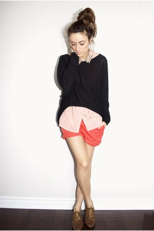brown leopard print Forever 21 flats - black Ardene sweater - coral H&M shorts