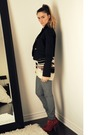 Black-seduction-blazer-beige-topshop-sweater-gray-some-place-on-melrose-in-l