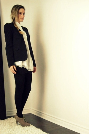 black Sirens blazer - white Ebay shirt - black American Apparel skirt - black H&amp;