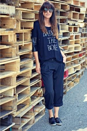 black Ardene top - black espadrilles Chanel flats