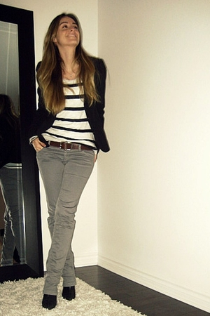 black Seduction blazer - white abercrombie and fitch top - gray Zara pants - bla