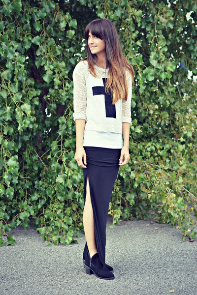 black slit maxi Oasapcom skirt - black ankle boots Ardene boots