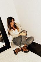 beige hiker GoJane boots - gray skinny Zara jeans - white tank Ardene top
