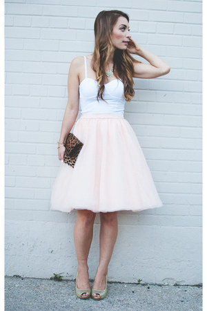 light pink tulle modcloth skirt - light brown leopard print Clare Vivier bag