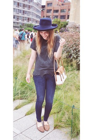 navy thrifted jeans - navy thrifted hat - ivory vintage bag
