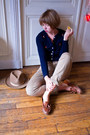 Beige-vintage-hat-tawny-thrifted-loafers-tan-thrifted-vintage-pants