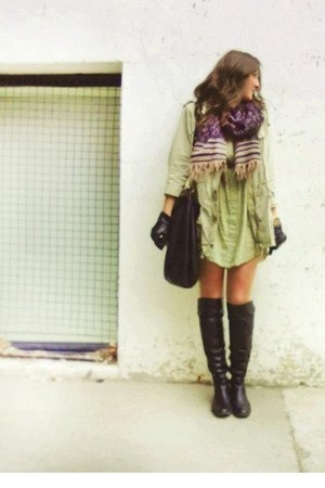 leather Browns boots - Aritzia dress - Aritzia scarf - leather Marc by Marc bag