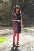 blue floral dress - camel boots - hot pink tights