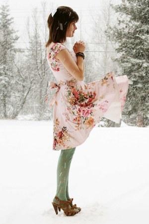 lime green floral tights - light pink floral dress - mustard velvet heels