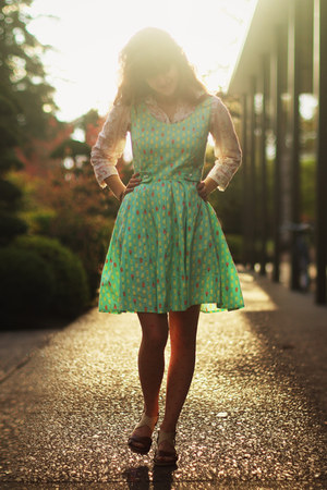 aquamarine ice cream dress - bubble gum floral shirt - coral heart tights