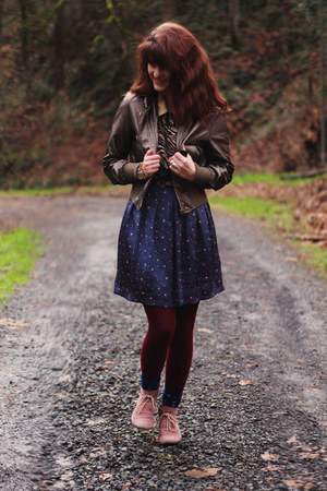 floral shirt - zebra print shirt - boots - starry dress