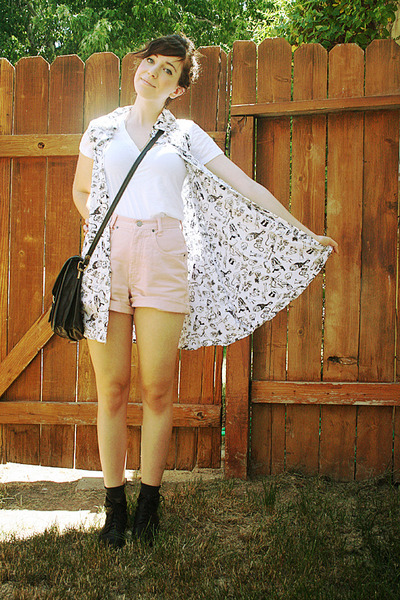 black voodoo thrifted vest - white f21 shirt - light pink Bill Blass shorts