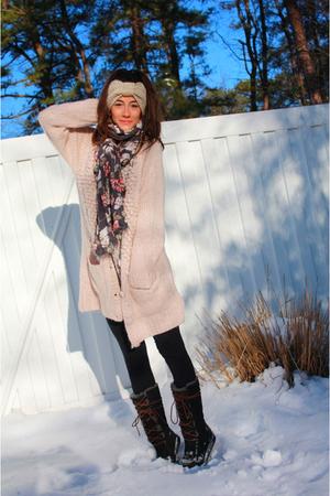 pink H&M sweater - black alternative apparel leggings - black Uggs shoes - purpl