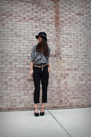 gray Myne top - black NY & Company pants - black Forever 21 shoes