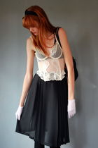 White-vintage-top-white-vintage-gloves-black-leather-lace-and-velvet-vintage