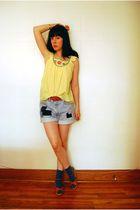 yellow vintage blouse - blue Vintage Levis shorts - blue H&M socks - brown Vinta