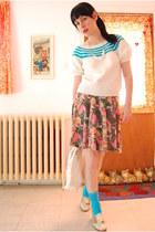 thrifted vintage sweater - Vintage from Maison La Belle Rene bag - HUE socks - V