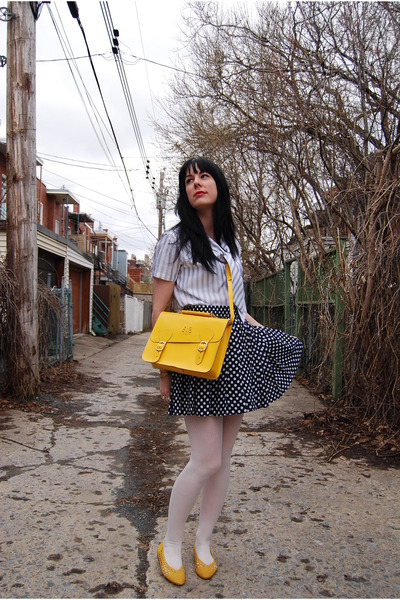 white Forever 21 tights - yellow leather bag vintage from Annex Vintage Montrea