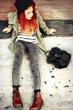 olive green parka coat - brick red Docs boots - cream T-shirt t-shirt
