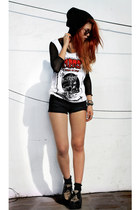 black vintage top - black romwe shoes - black Mango shorts