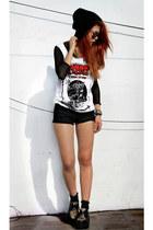 black vintage top - black romwe shoes - black Mango shorts