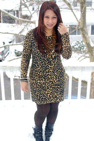 brown Target tights - black studded Aldo boots