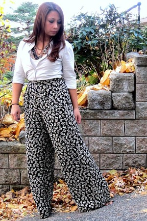 ann taylor pants - beige Express shirt - the glamourai necklace