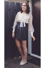 Eggshell-vintage-blouse-amethyst-ring-black-leather-h-m-skirt
